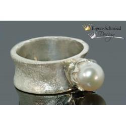 Kingly pearl