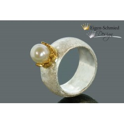 "Ring with pearl ""To be..."