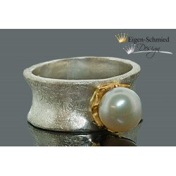 "Ring with pearl ""Kingly pearl"""
