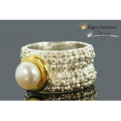 "Ring with pearl ""Frosted..."